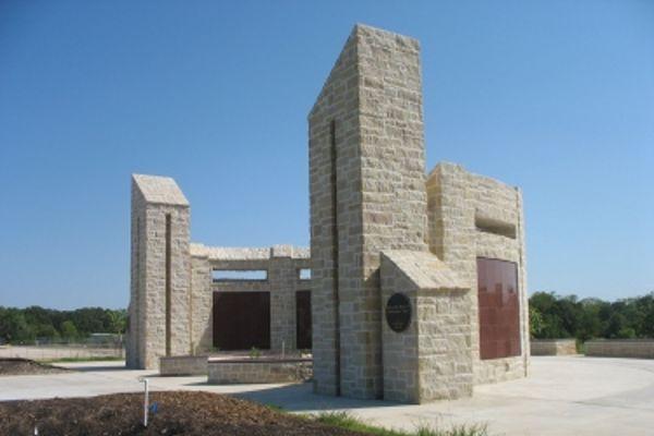 curved red granite columbarium