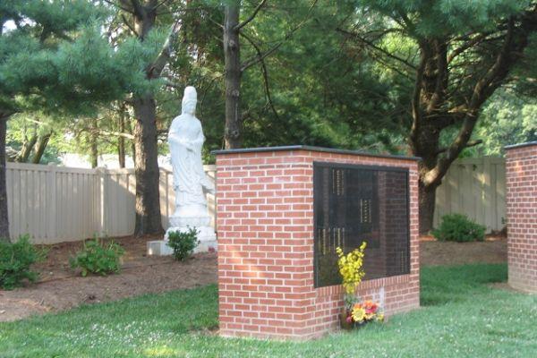 flat insert black granite columbarium